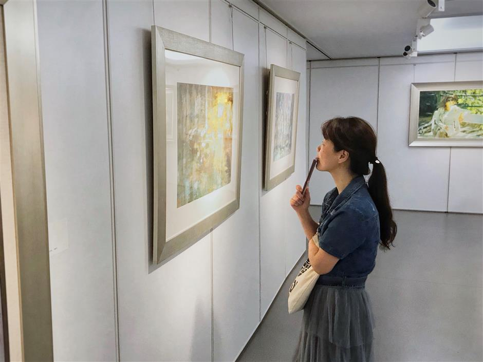 City artists display international vision