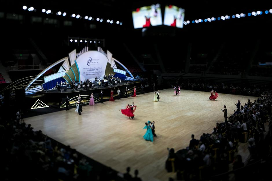 World's top dancers compete in Shanghai