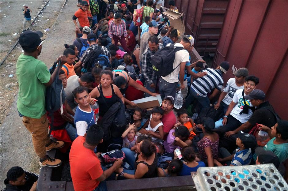 Mexico scrambles to slow migrants as Trump tariffs loom