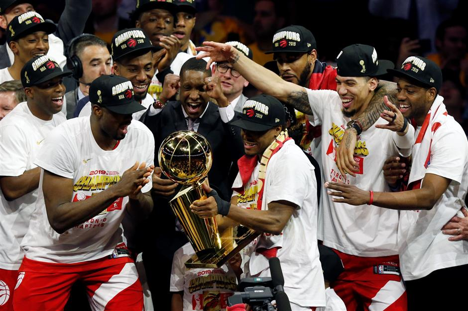 Toronto Raptors beat Golden State to capture NBA title