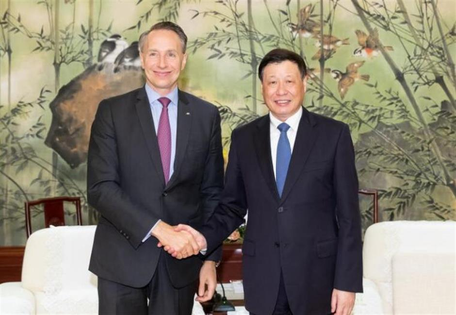 Mayor Ying meets Dunedin mayor, top company execs