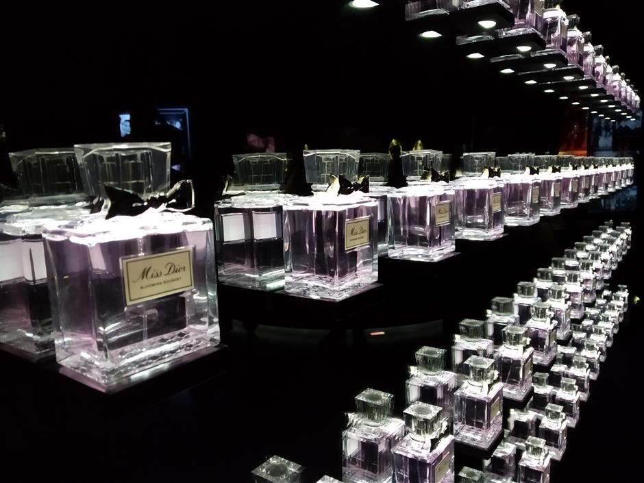Dior: Smell the love