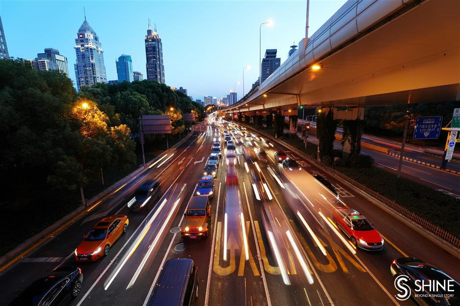 Police blow whistle on congested off-ramps