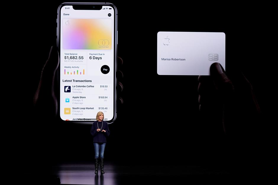 Apple invites select users to apply for its credit card