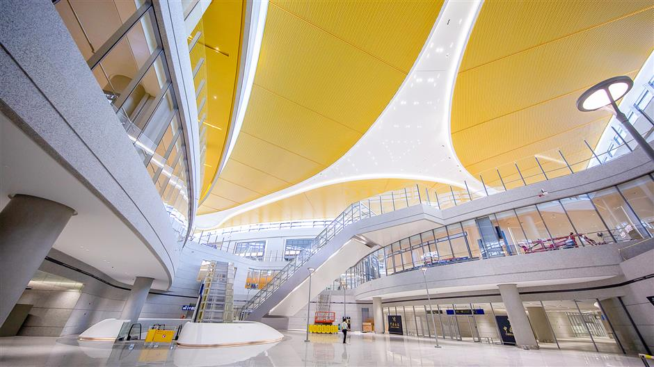 Pudong satellite terminal ready for takeoff