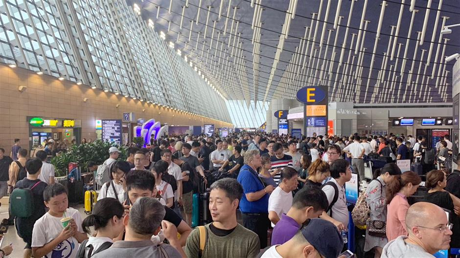 City airports go into shutdown as Typhoon Lekima hits Shanghai