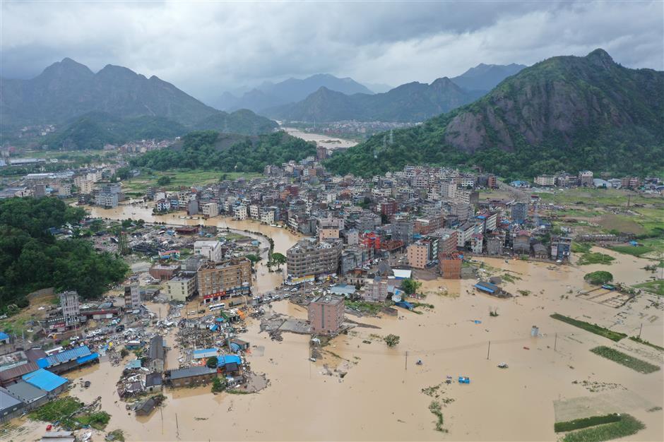 At least 13 killed, 16 missing after Typhoon Lekima hits east China