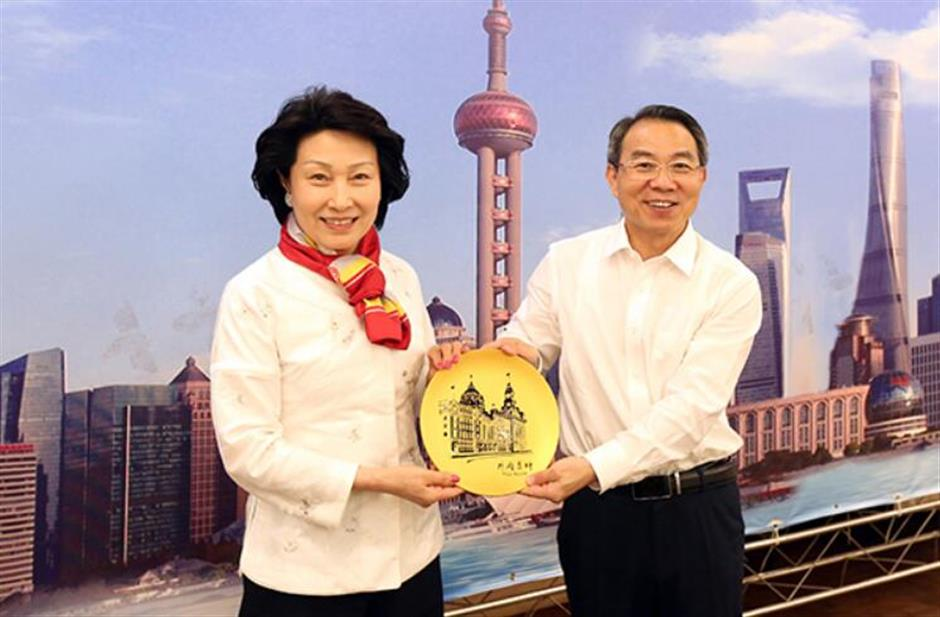 CPPCC city committee chief meets Hong Kong delegates