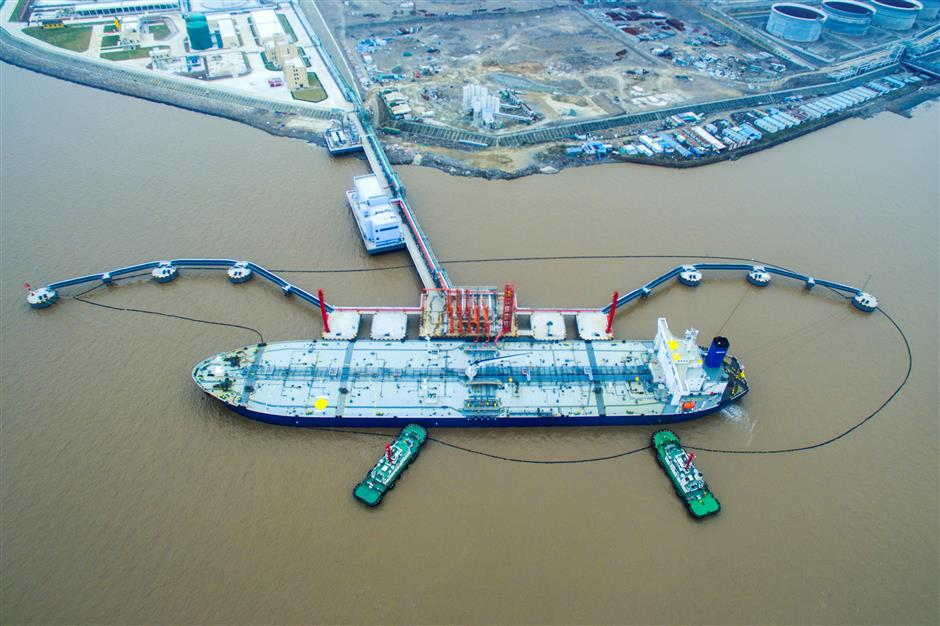 Zhoushan leading nation in energy, shipbuilding and fishing