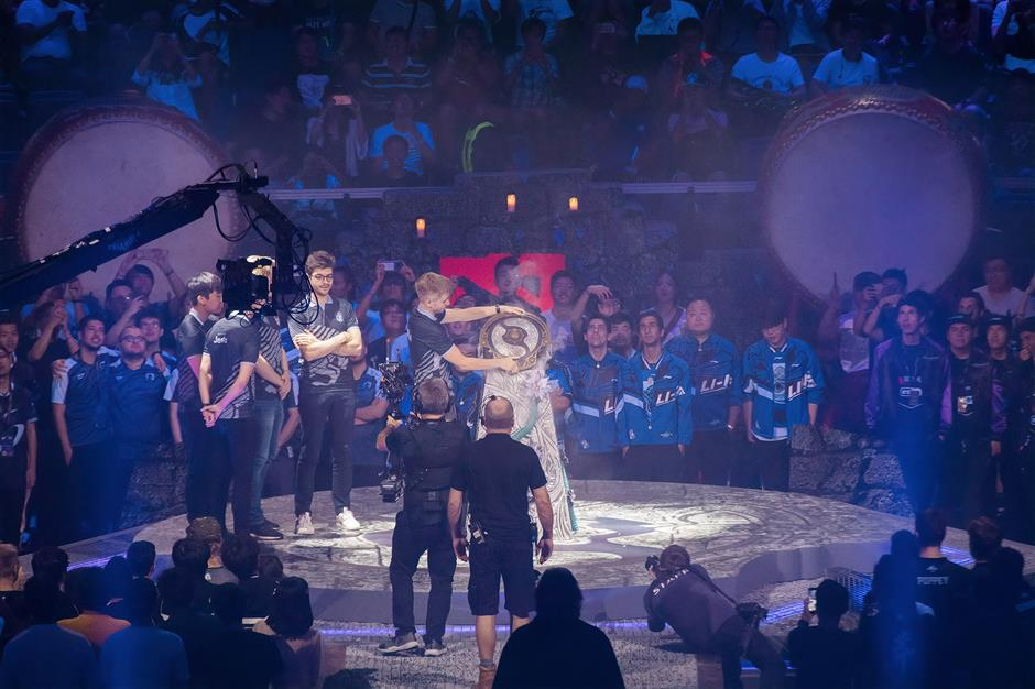 World's top eSports eventopens in Shanghai