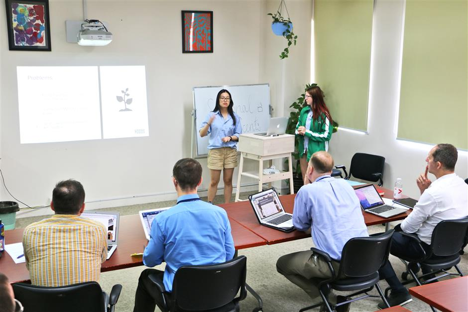 SCIS students create business ideas at the first Dragon's Den