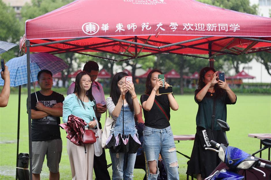 Local universities welcome freshmen