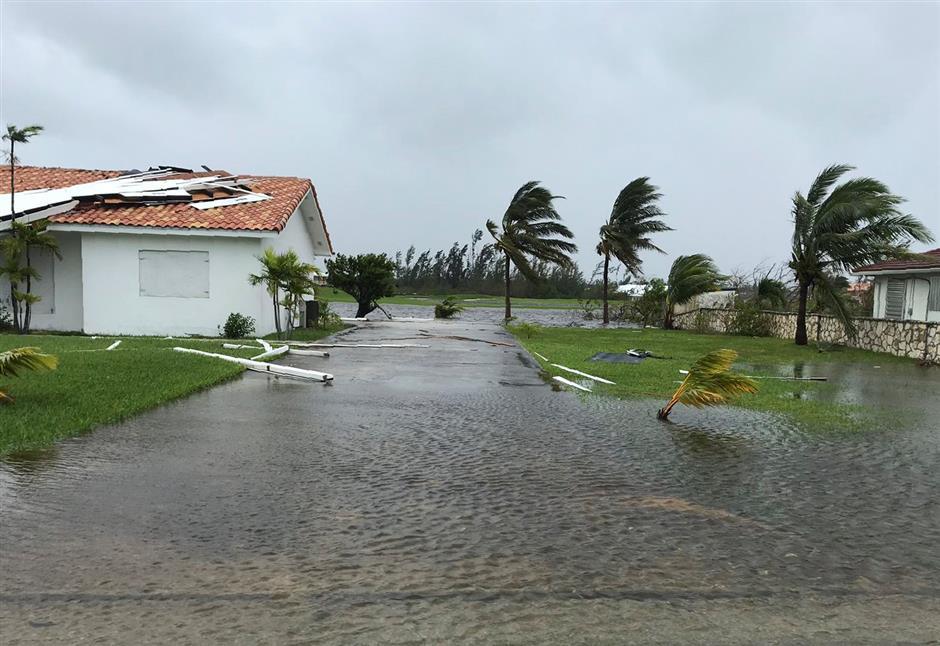 Hurricane Dorian kills at least 7 in Bahamas