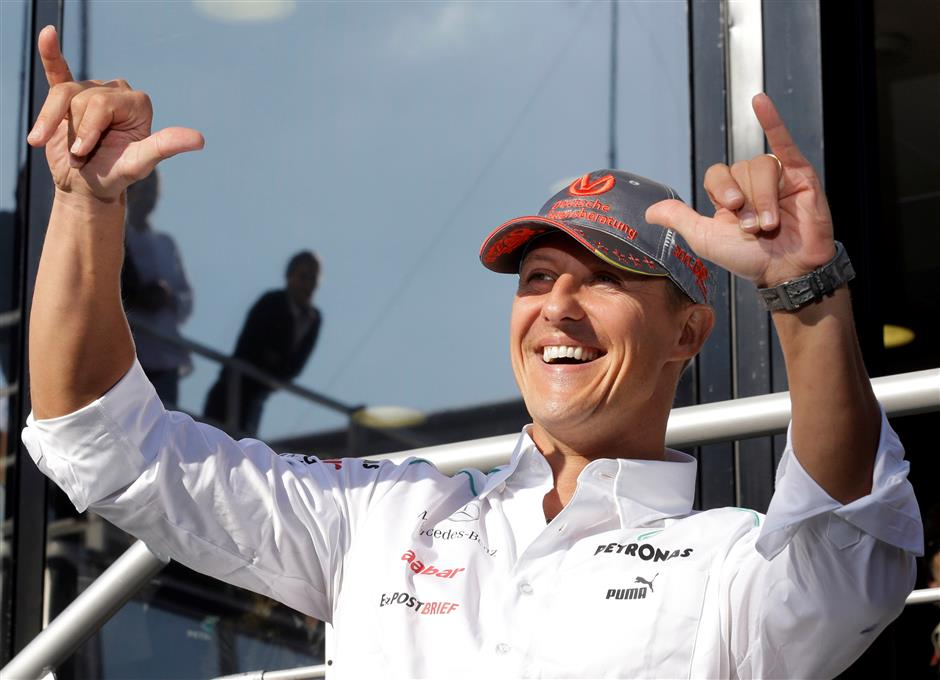 Report: Schumacher in Paris for cell therapy