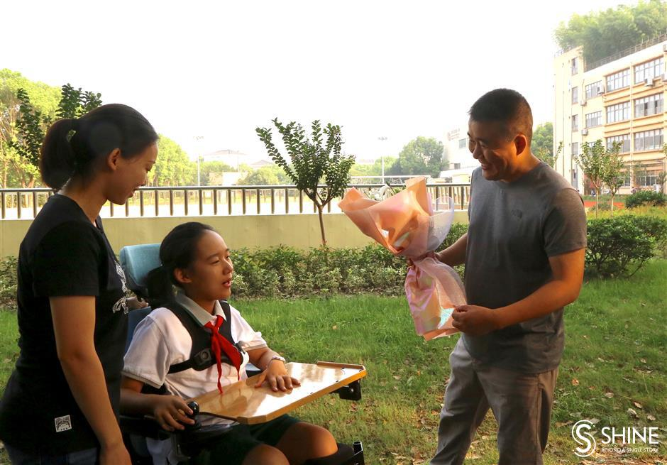 Carried away by teachers' devotion