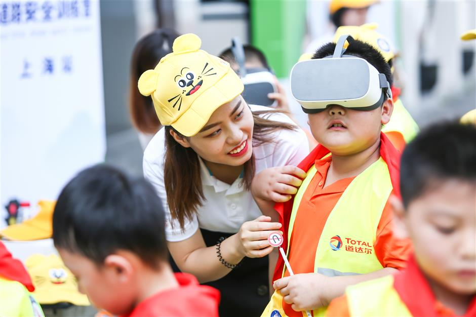 Road safety class for kids