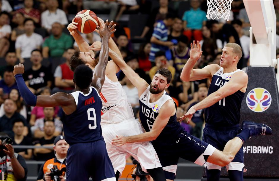 US hoops clinch worst big-tourney finish, fall to Serbia