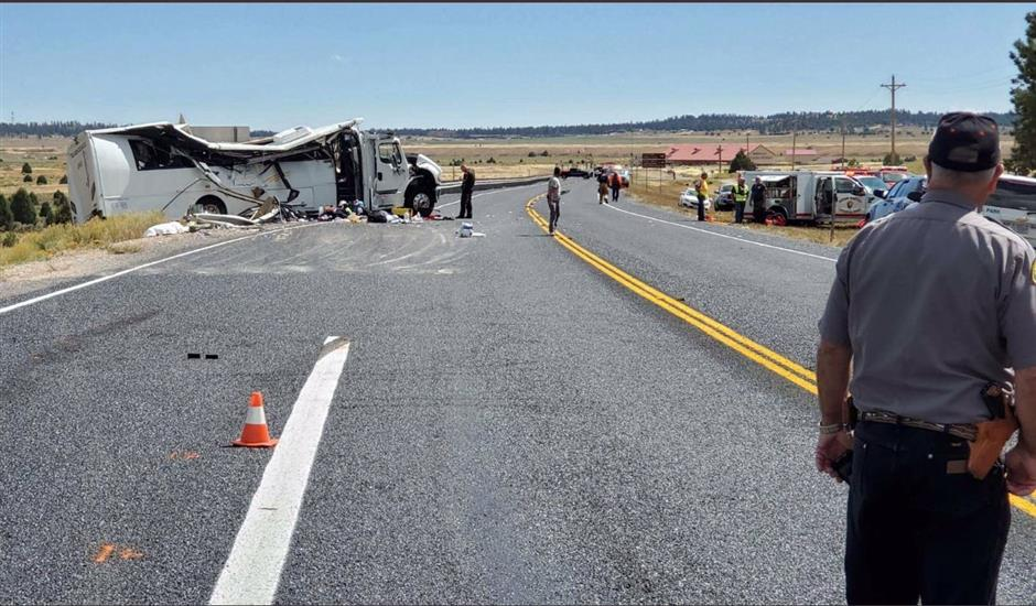At least 4 killed in tour bus crash in Utah