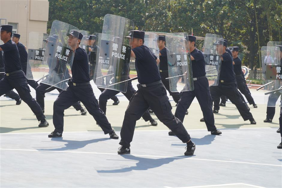 Nearly 200 new prison officers complete extensive training