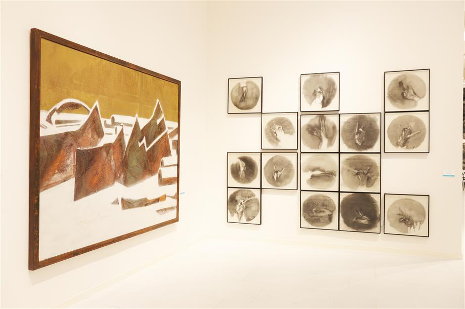 New exhibition charts development of Chinese mixed media painting