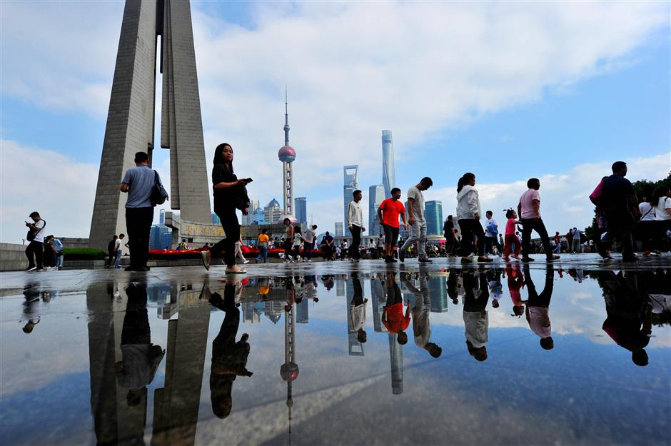 Visitors enjoy a slice of Shanghai during National Day holiday