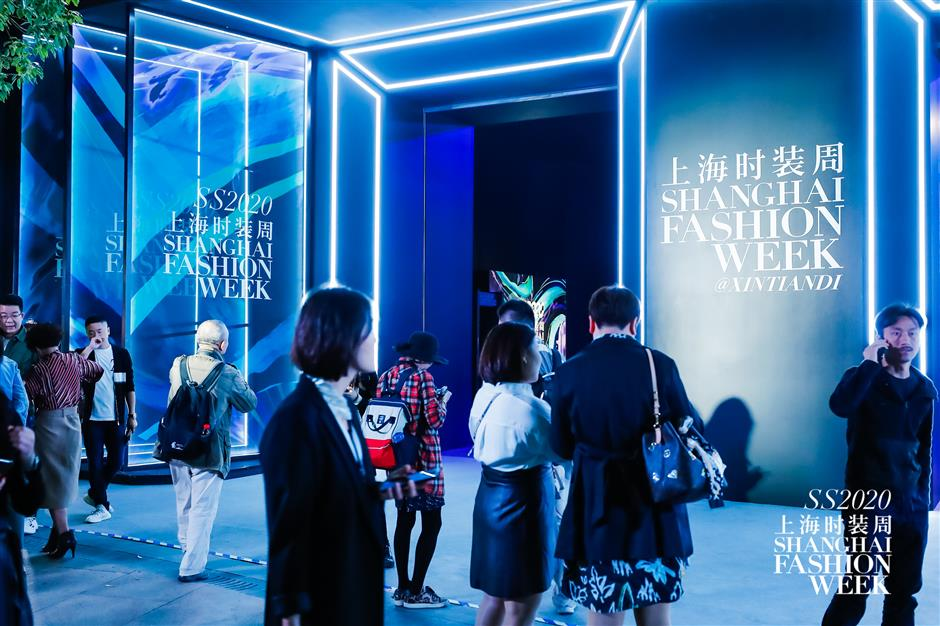 Fashion spotlight switches to Shanghai