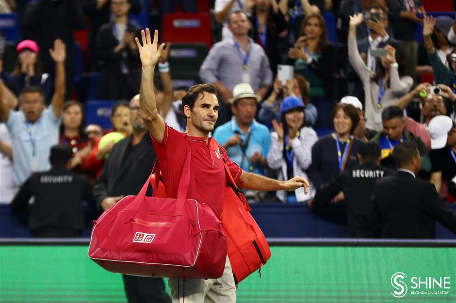 Federer loses cool and follows Djokovic out of Shanghai
