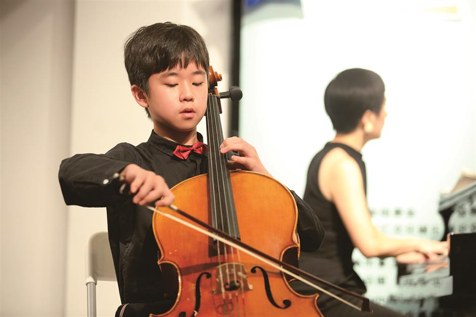 Young musicians shine on the stage