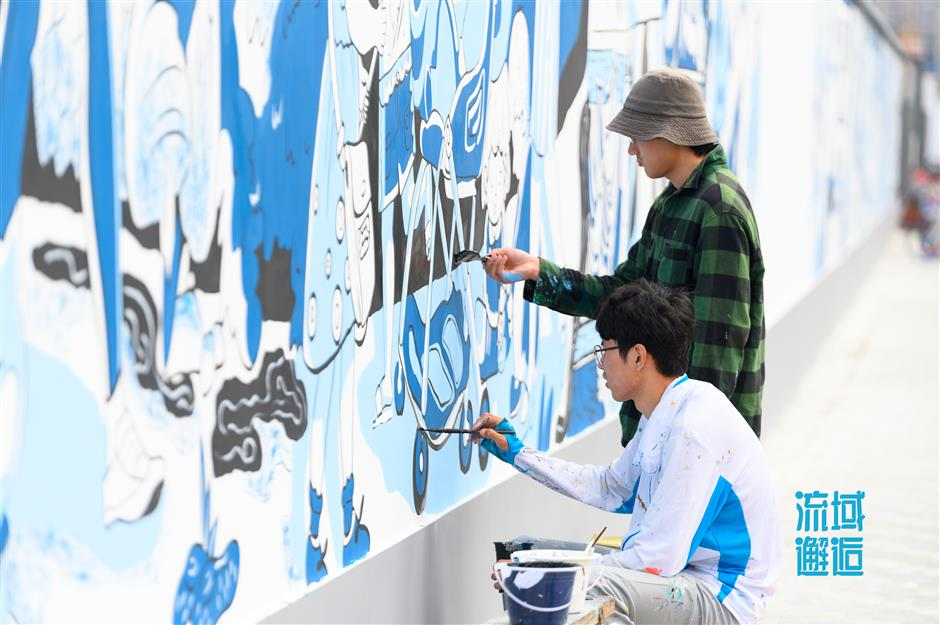 Reshaping the waterfront with public art