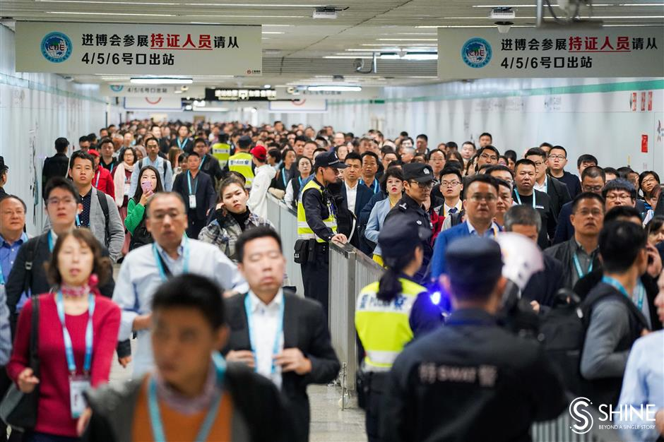 Metro passengers diverted for crowd control at CIIE