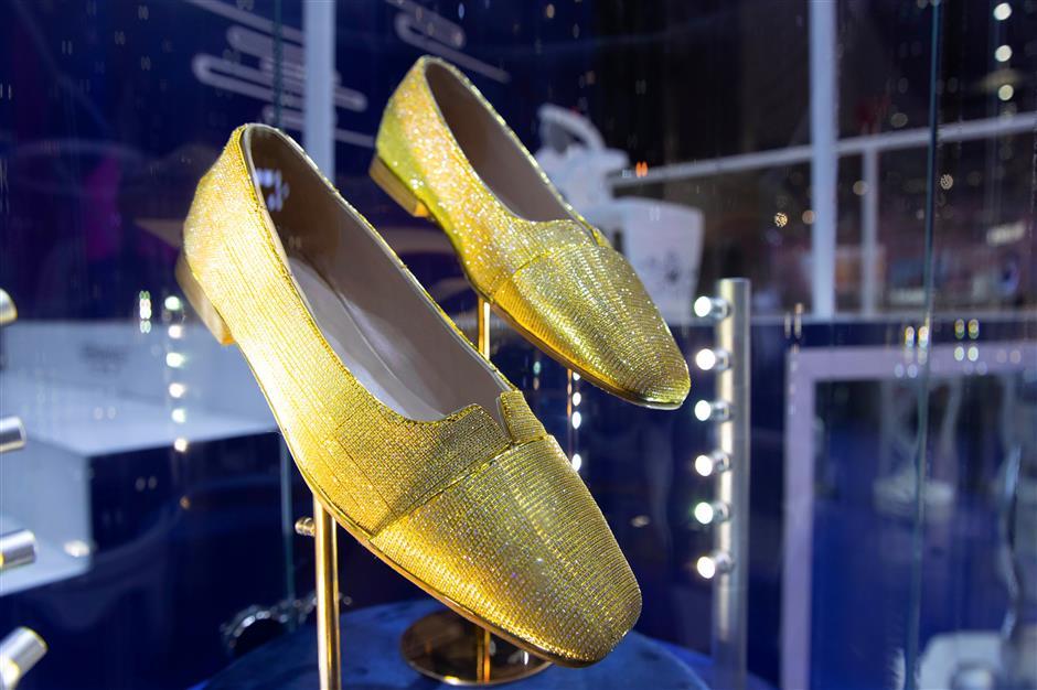 Gènavant premieres diamond-studded shoes