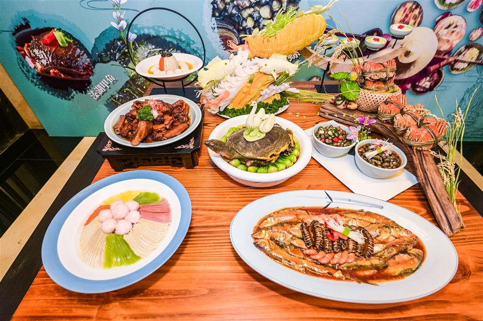 Qinhu Lake sets mouths watering
