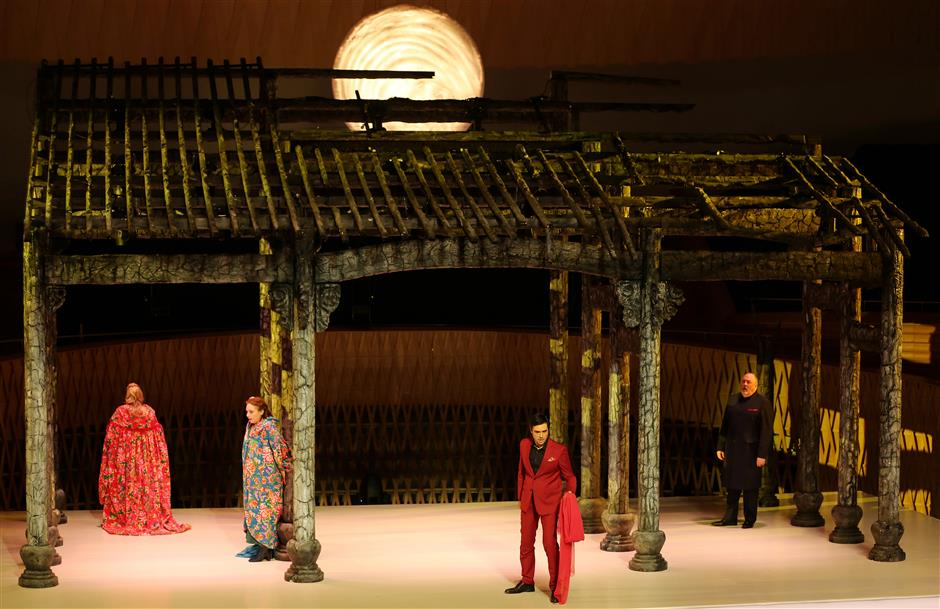 'Semele' metamorphoses into Ming Dynasty spectacular