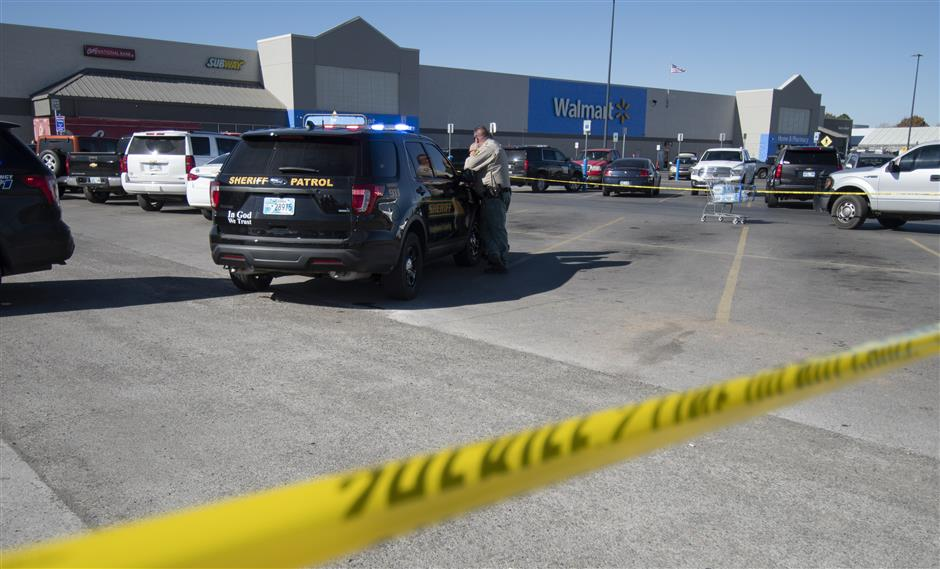 3 dead in Oklahoma Walmart shooting, including gunman