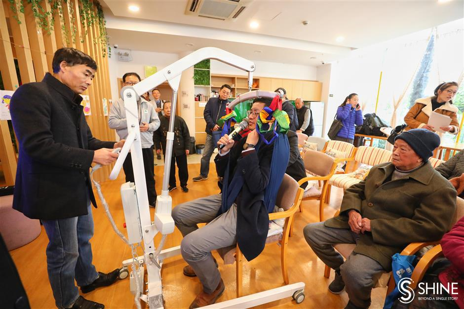 Residents try out rehab devices for rent