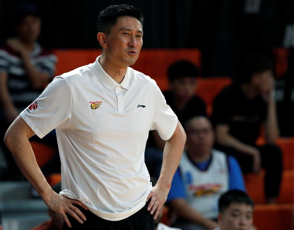 New coach Du: Chinese basketball 'has a long way to go'