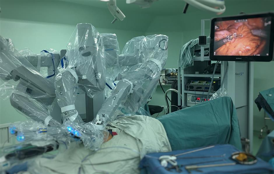 Research shows success of robotic surgery