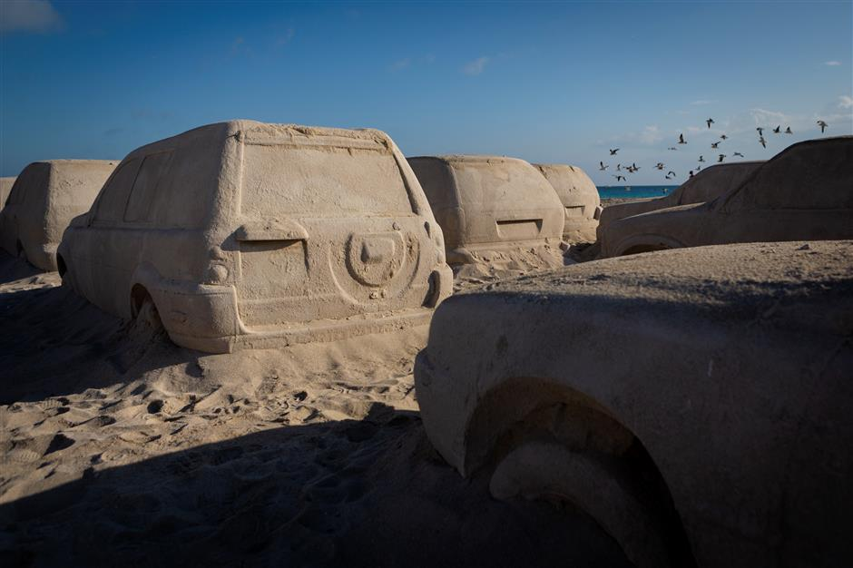 Sand cars in drive for climate awareness