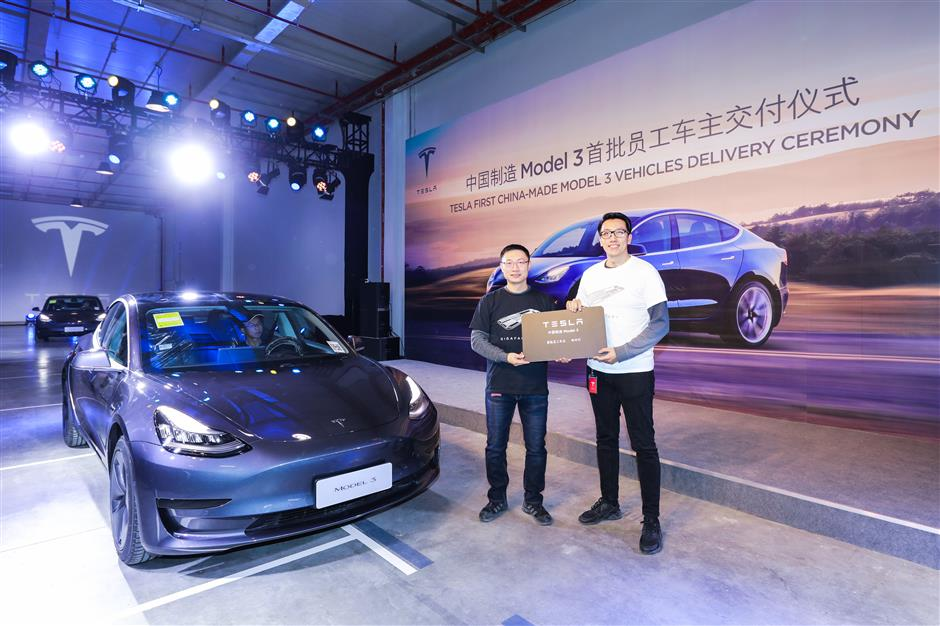 Tesla delivers first China-made Model 3s