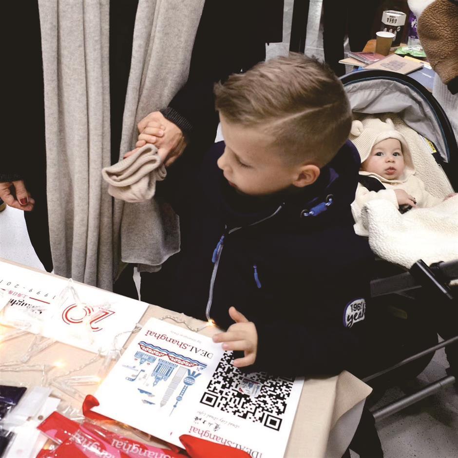 Fun, food and Santa at Dulwich bazaar