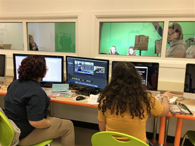 The Global Search for Education: Student Driven Real-World Learning in Broadcast Journalism