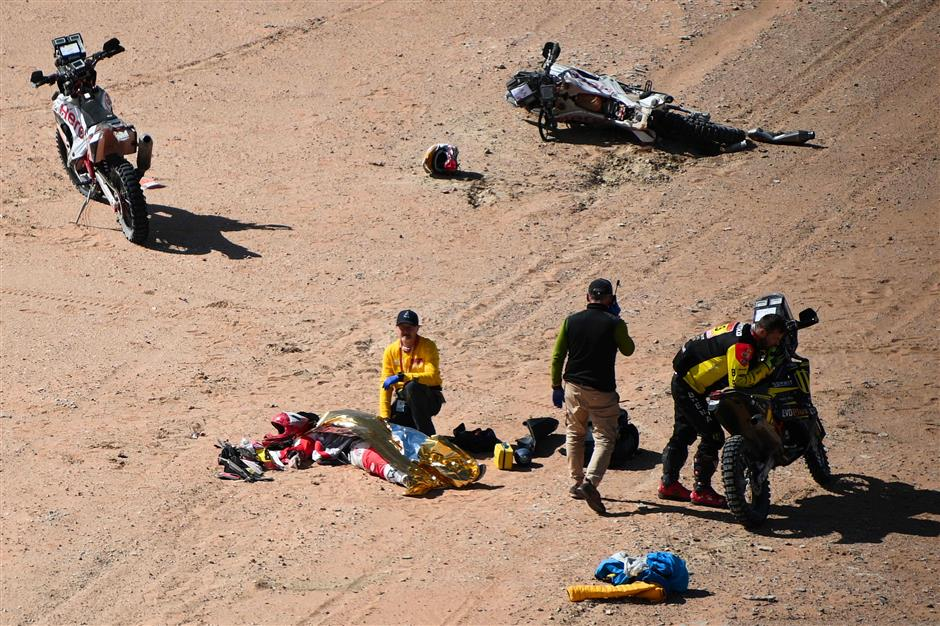 Dakar Rally in mourning as Portuguese rider Goncalves dies in crash