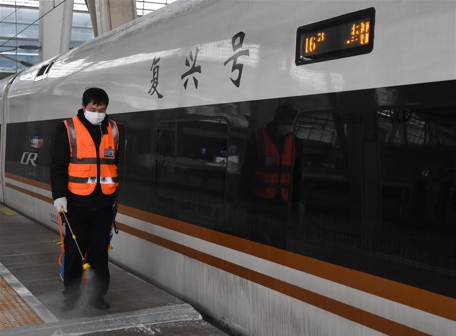 As more Chinese hit the road, measures taken to contain virus during trips