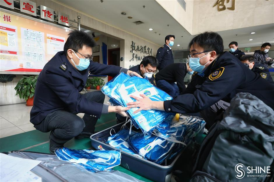 Another batch of Shanghai medics head forWuhan