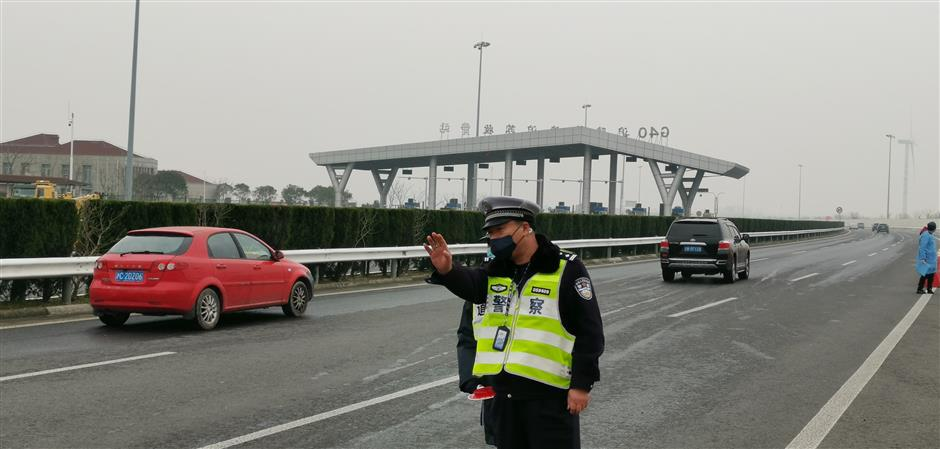 Police tackle congestion as health screenings slow traffic