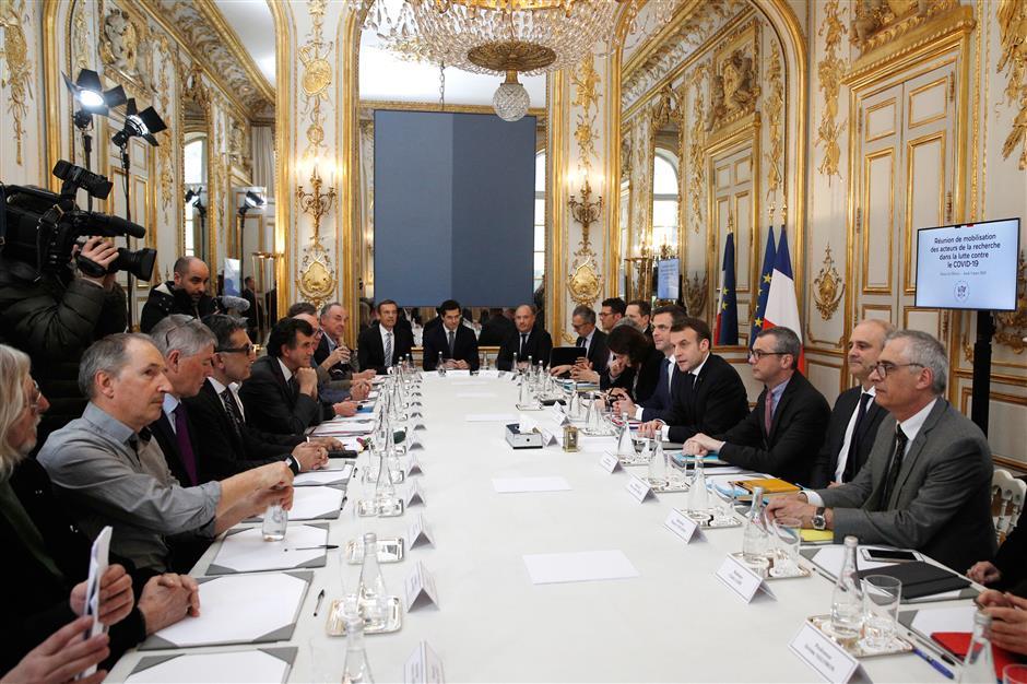 Macron warns over virus epidemic as death toll rises
