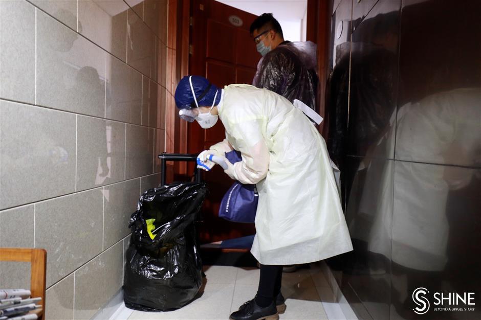 Volunteer translators help serve quarantined expats