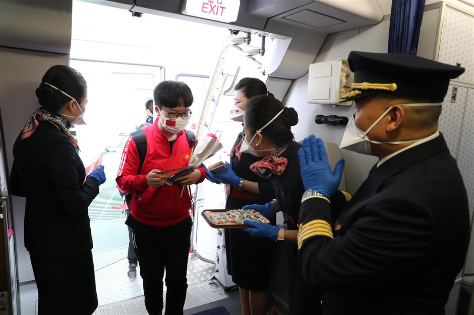 3rd Shanghai medical team returns home from Wuhan