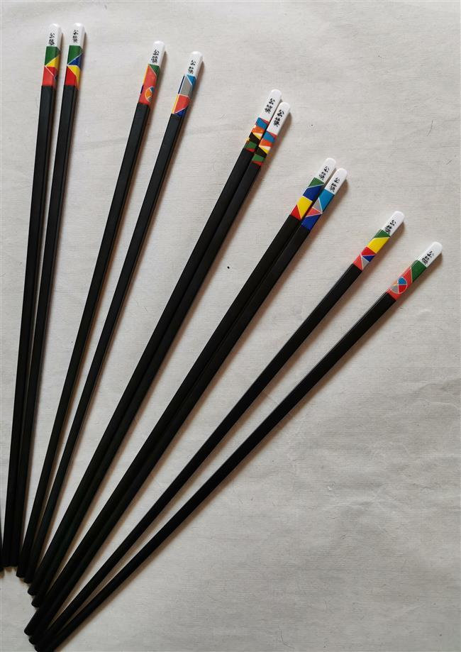 Chopsticks: Eating habits under scrutiny