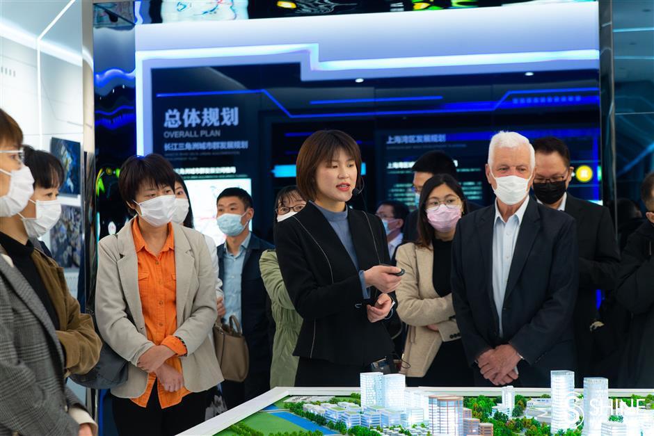 Foreign investors spot potential in Jinshan